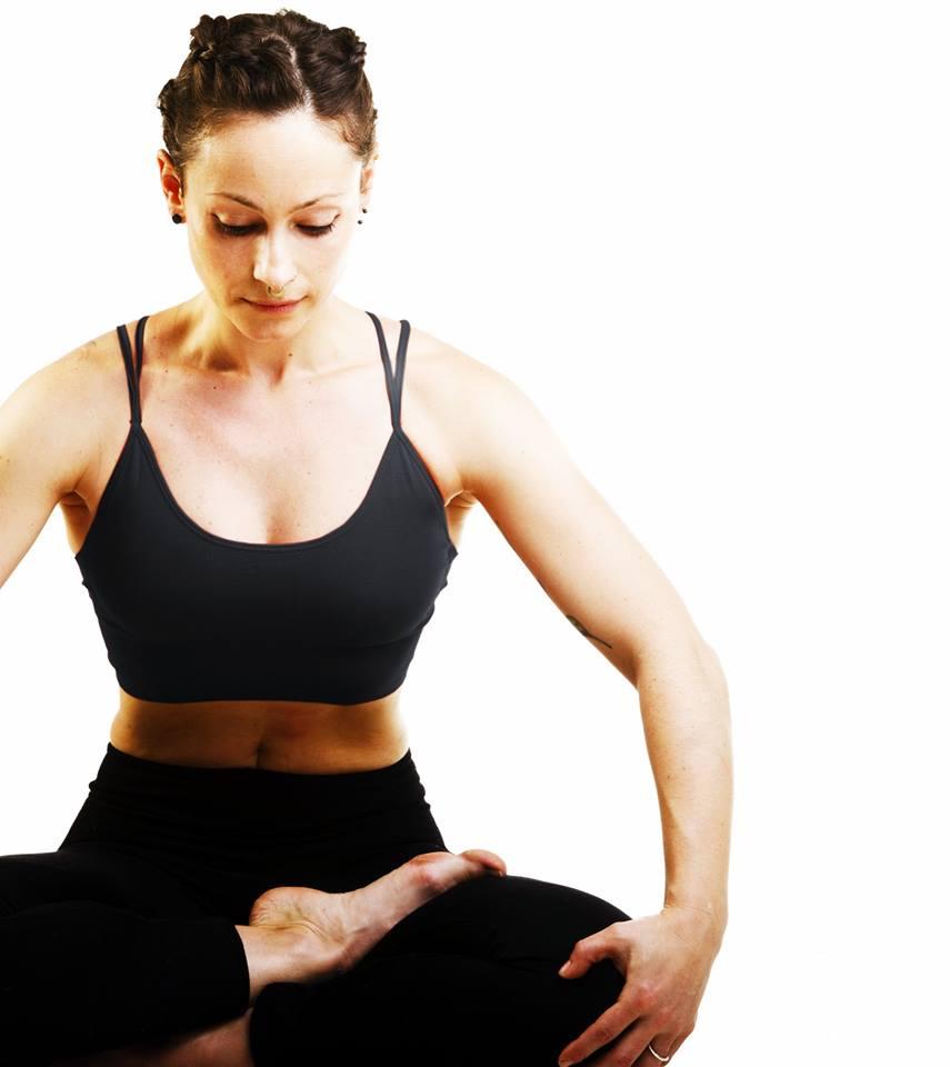Clases de Yoga en Logroño impartidas por Minerva Berceo