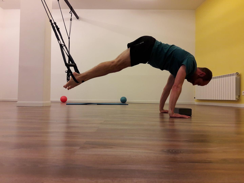Pilates combinado con TRX para trabajar la zona abdominal