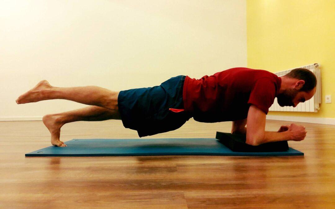 Ejercicio de pilates para musculatura oblicua